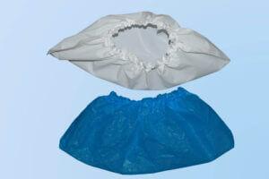 Schuhüberzug aus blauem oder weißem verstärkten ultradicken Polyethylen made in Germany